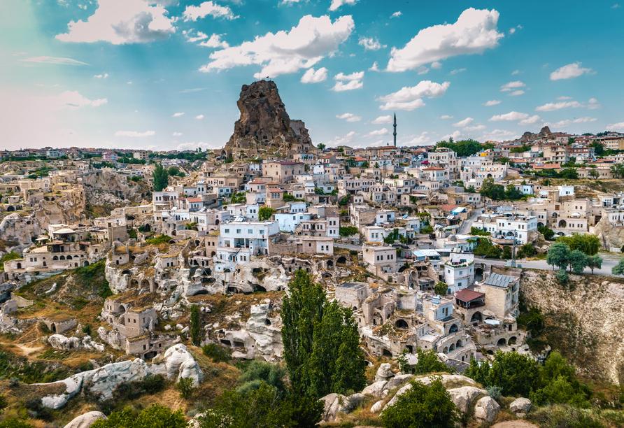 Von der Ortahisar Burg genießen Sie eine grandiose Aussicht.