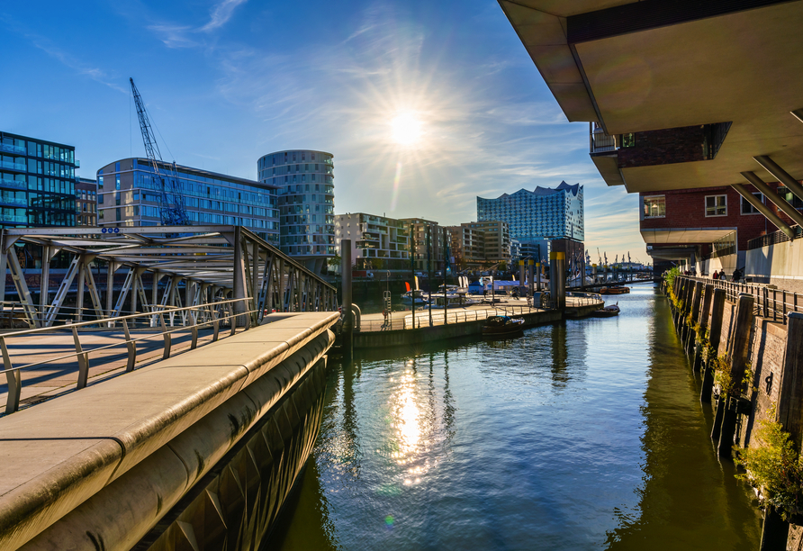 Leonardo Hamburg Elbbrücken, HafenCity