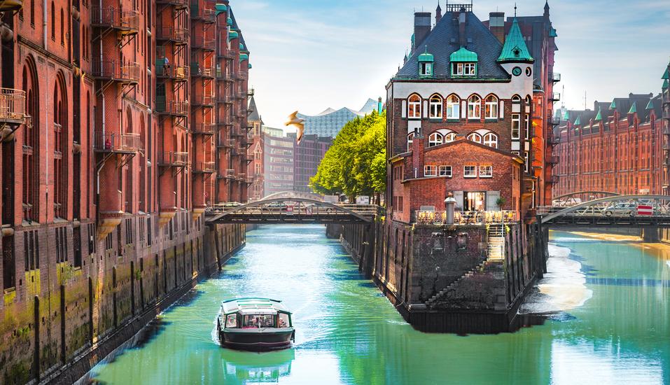 Leonardo Hamburg Elbbrücken, Speicherstadt