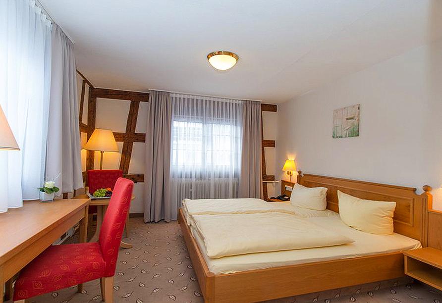 Beispiel eines Doppelzimmers Landseite im Hotel Hoeri am Bodensee in Gaienhofen