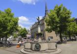 Der Marktplatz in Ratingen lädt zum Verweilen ein.