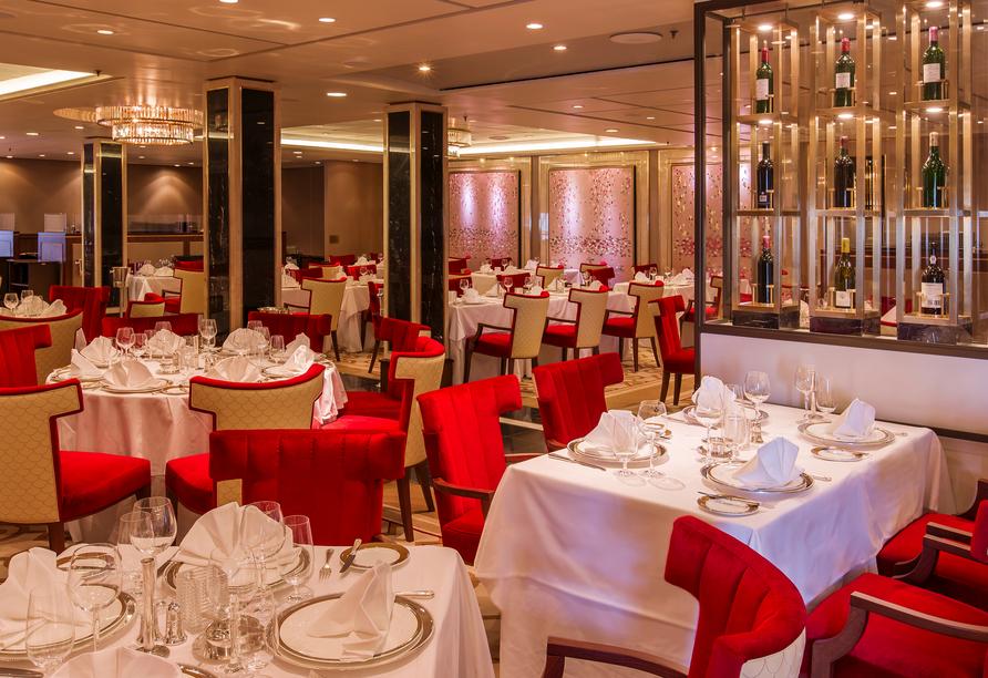 Queen Mary 2, Restaurant