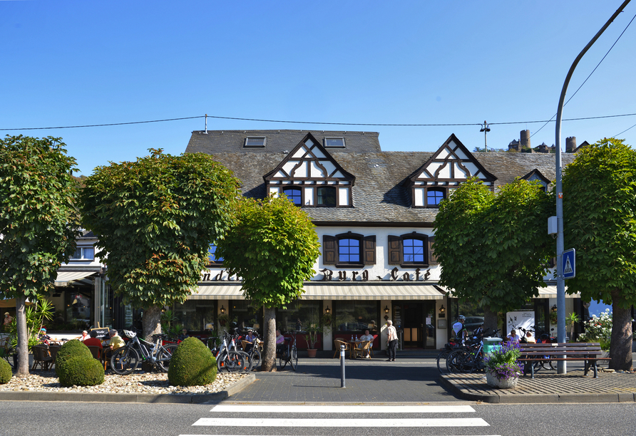Moselhotel Burg-Café Alken, Außenansicht
