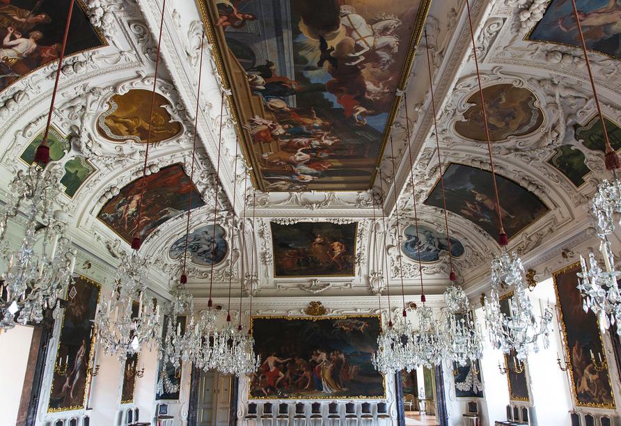 Der Planetensaal ist der Mittelpunkt der kunstvollen Prunkräume im Schloss Eggenberg.