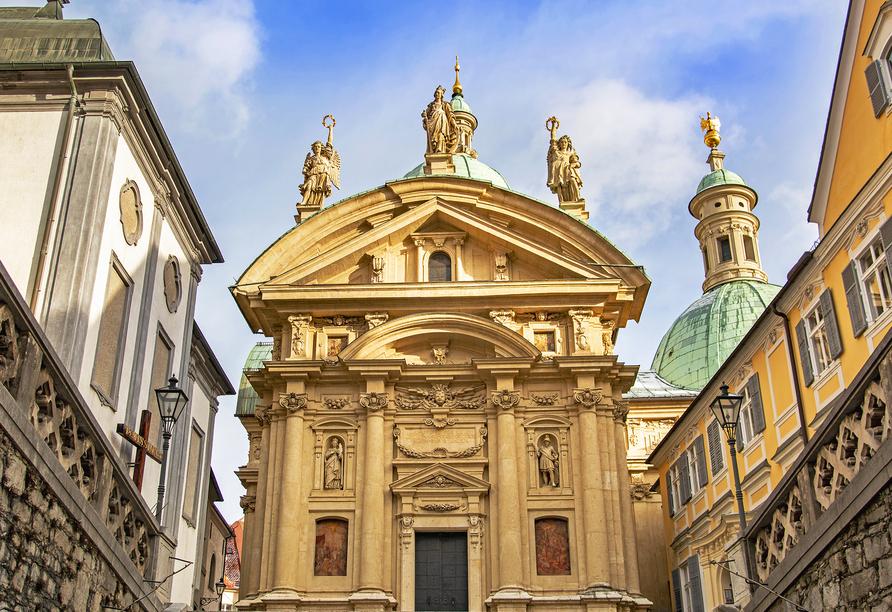 Das Mausoleum mit Katharinenkirche gehört zur Grazer Stadtkrone.
