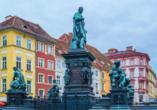 Der Erzherzog-Johann-Brunnen am Hauptplatz in der Grazer Altstadt