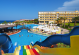 Der Norden Zyperns und seine unberührte Natur, Poolbereich im Acapulco Resort & Spa