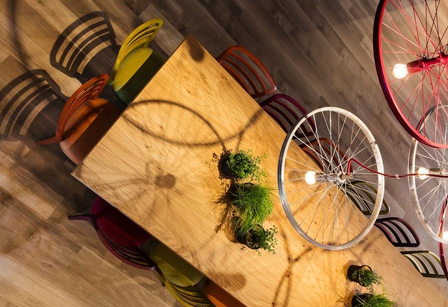 Moderne Einflüsse und individuell gestaltete Bereiche erwarten Sie im IntercityHotel Graz.