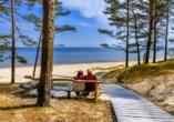 Entspannen Sie an dem schönen Sandstrand des Badeorts Jurmala.