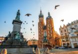 Die Marienkirche auf dem Marktplatz gehört zu Krakaus Wahrzeichen.
