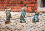 Diese kleinen Zwergenfiguren verstecken sich in ganz Breslau. Begeben Sie sich auf die Suche.