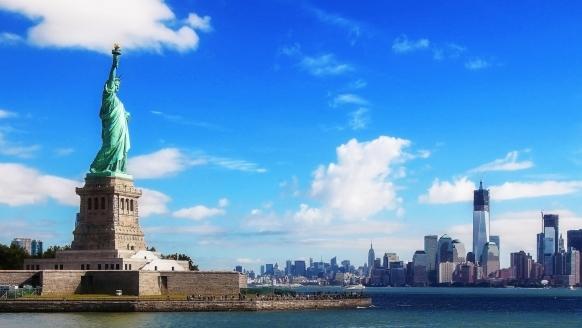 """Die berühmte Freiheitsstatue ist das Symbol für Freiheit, Unabhängigkeit und den """"American way of life""""."""