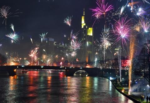 Feiern Sie ein unvergessliches Silvester in der Mainmetropole Frankfurt.