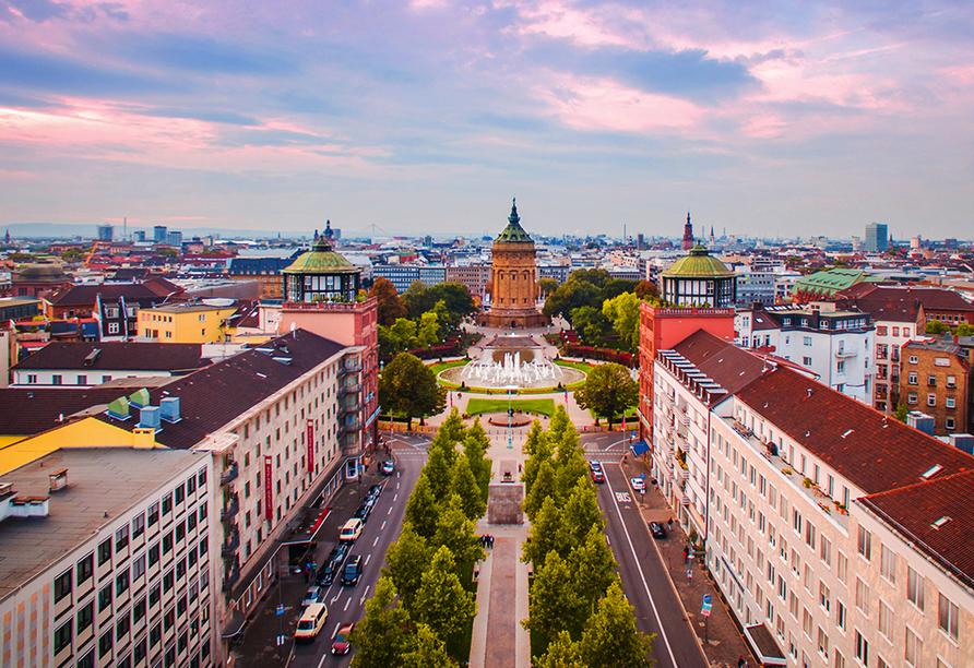 Freuen Sie sich auf Ihren Besuch der Quadratestadt Mannheim.