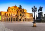 Die Semperoper, benannt nach ihrem Architekten Gottfried Semper, ist die historische Hof- und Staatsoper von Sachsen.
