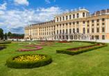 Im Schloss Schönbrunn in Wien residierten einst Maria Theresia, Kaiser Franz Joseph und Sisi – Kaiserin Elisabeth.