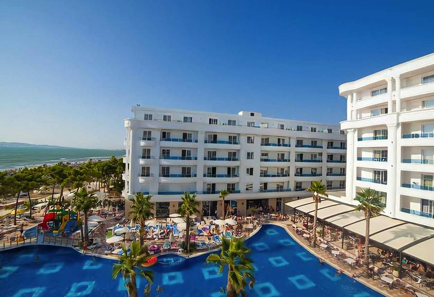Außenansich des Hotel Grand Blue Fafa Resorts