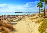 Wunderschöne Strände wie der Nissi Beach erwarten Sie in Zypern.