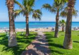 Blick auf den malerischen Strand von Protaras