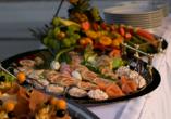 Genießen Sie die frisch zubereiteten Gerichte aus regionalen Produkten im Restaurant des Wellnesshotels Rothfuss.