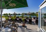 Hotel & Restaurant Nordstern in Neuharlingersiel, Terrasse