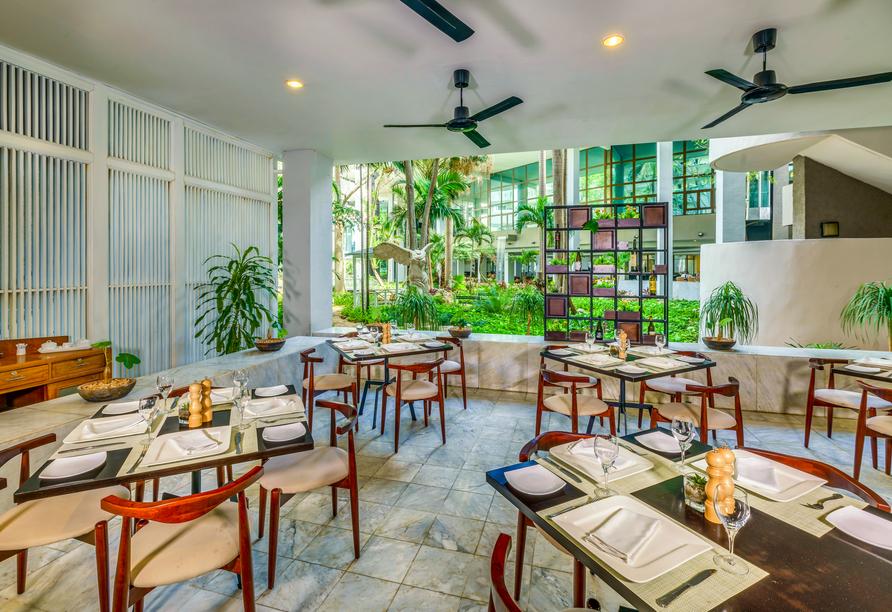 Melia Habana, Restaurant