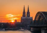 Ihre Reise beginnt in der schönen Domstadt Köln.
