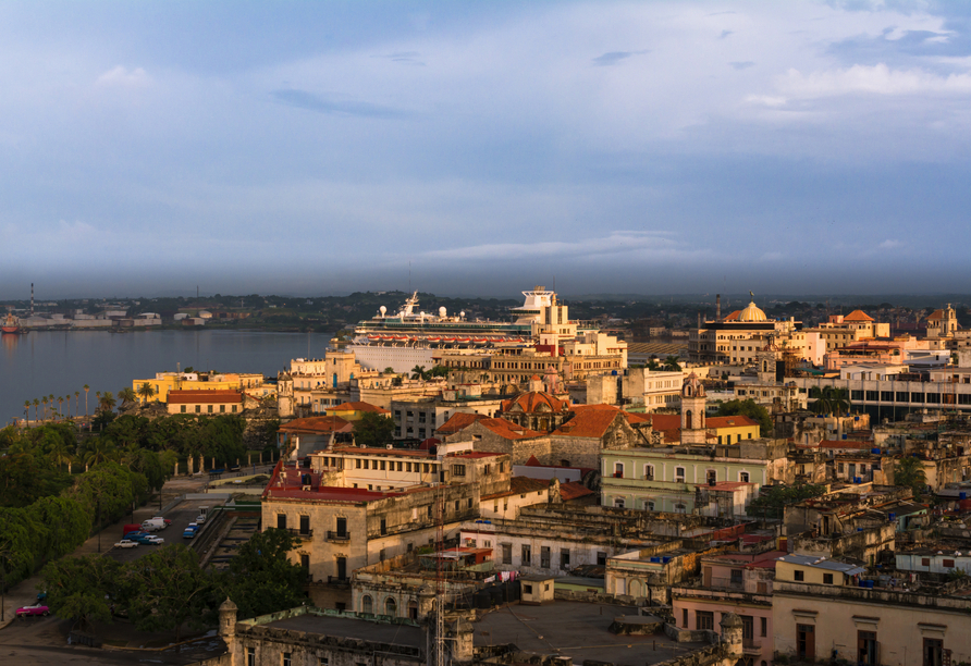 Kombination aus Städteerlebnis und unberührtem Urlaubsparadies, Altes Havanna
