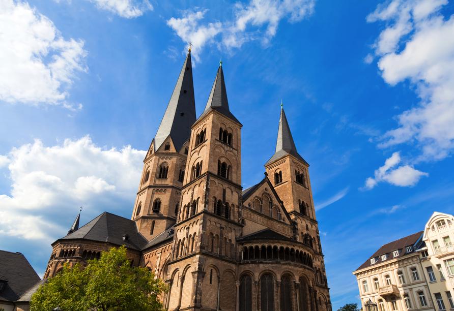 Das Münster ist das Wahrzeichen Bonns.