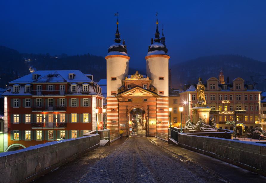 Die Karl-Theodor-Brücke ist eine der beeindruckendsten Sehenswürdigkeiten Heidelbergs.