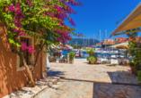 Blaue Reise rund um die Ionischen Inseln, Fiskardo auf Kefalonia