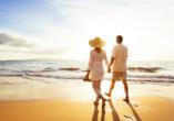 Blaue Reise rund um die Ionischen Inseln, Paar am Strand