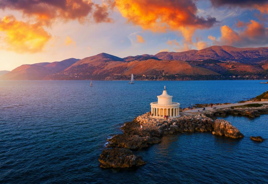 Blaue Reise rund um die Ionischen Inseln, Leuchtturm Kefalonia