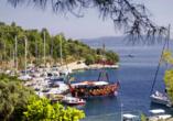 Blaue Reise rund um die Ionischen Inseln, Hafen Meganisi