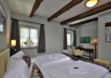 Hotel Gut Funkenhof, Zimmerbeispiel Nostalgie