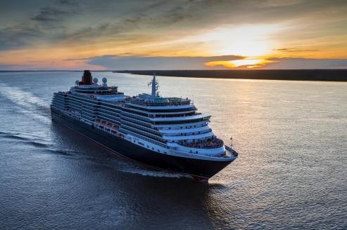 MS Queen Victoria, Außenansicht