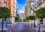 Freuen Sie sich auf eine Panoramarundfahrt und einen Spaziergang in Santander.