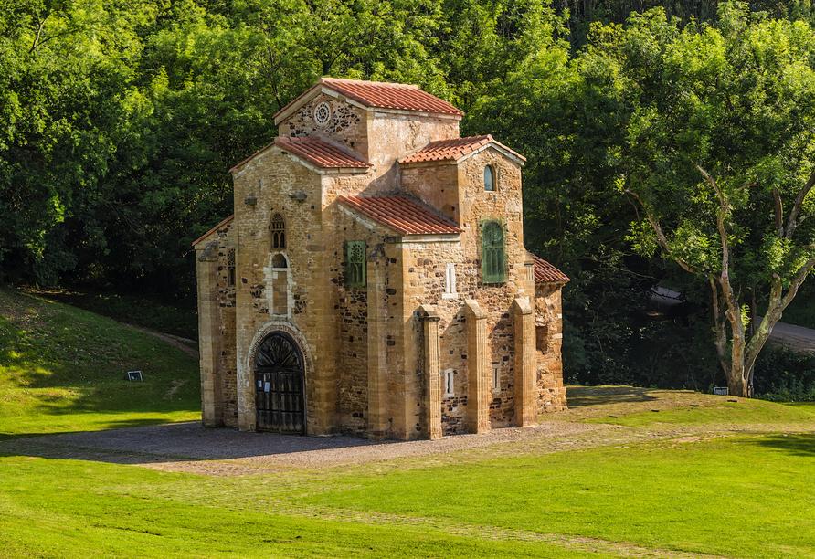 Die Kirche San Miguel de Lillo gehört zum UNESCO-Weltkulturerbe.