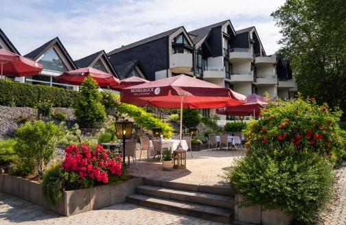 Hotel Moselblick in Winningen an der Mosel, Terrasse