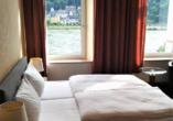 Rheinsteig, Sternwanderreise, Hotel Restaurant Colonius, St. Goarshausen, Zimmerbeispiel
