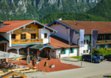 Außenansicht des Das Bergmayr - Chiemgauer Alpenhotel
