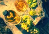Bei einer Weinprobe kosten Sie die feinen Elsasser Weine.