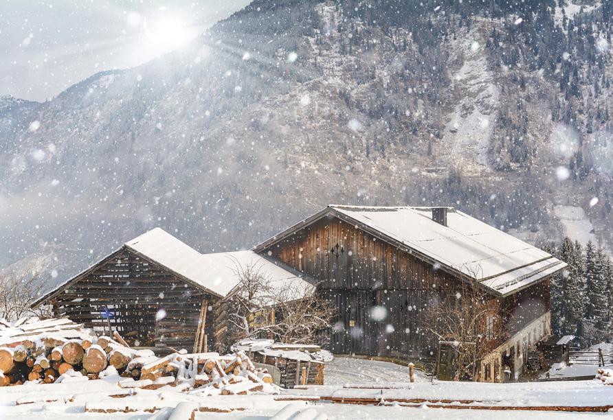 First Mountain Hotel Ötztal Längenfeld Tirol Österreich, Winterlandschaft Berghütte