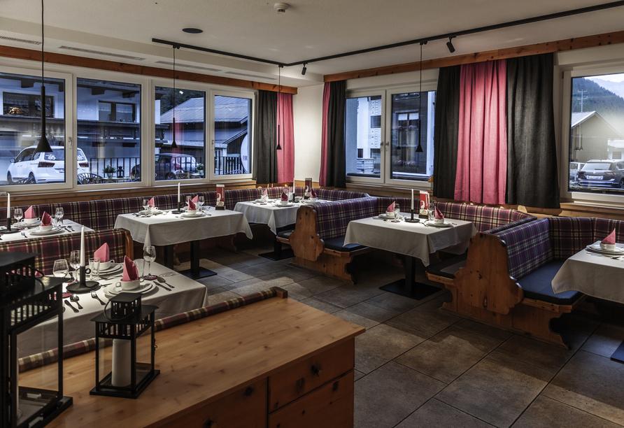 First Mountain Hotel Ötztal Längenfeld Tirol Österreich, Speisesaal