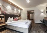First Mountain Hotel Ötztal Längenfeld Tirol Österreich, Zimmerbeispiel Comfortzimmer