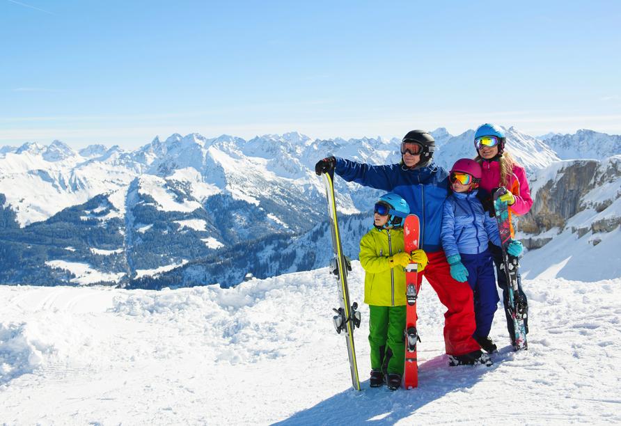 First Mountain Hotel Zillertal in Aschau, Ski