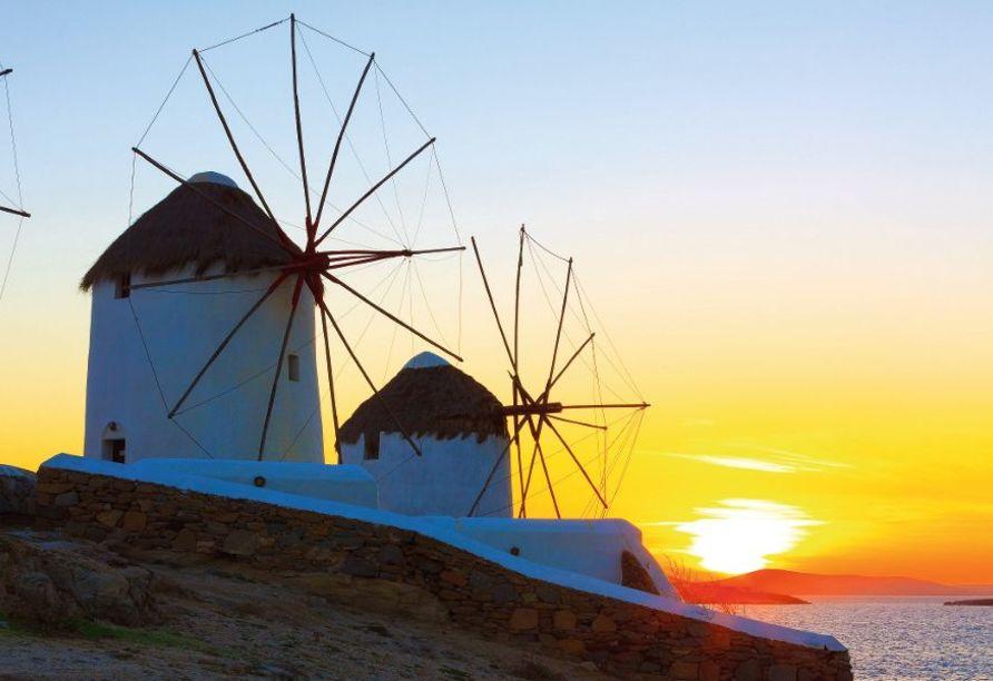 Die drei Windmühlen von Mykonos sind ein beliebtes Postkartenmotiv.