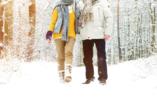 Hotel König Albert in Bad Elster, Paar macht Winterspaziergang