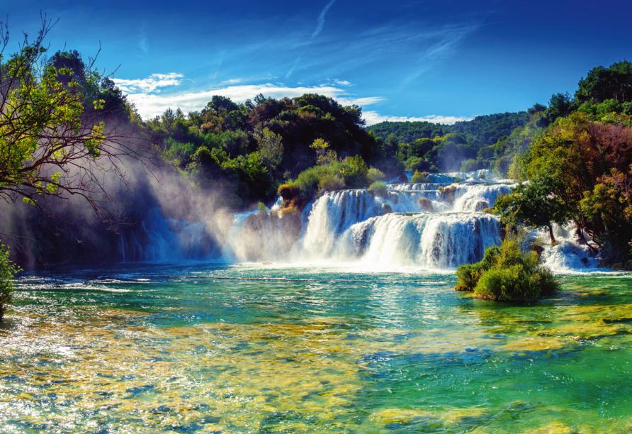 Die eindrucksvollen Wasserfälle im Nationalpark Krka werden Sie begeistern!