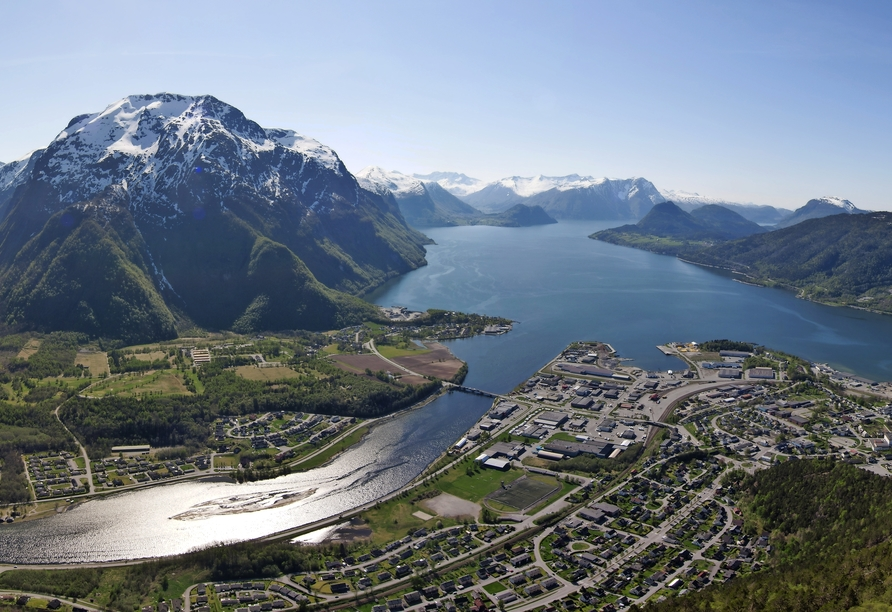 MS Amera, Andalsnes